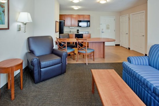 Colonial Heights, VA: Suite