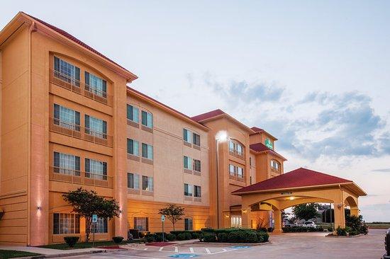 La Quinta Inn & Suites Gainesville near Gainesville Outlet ...