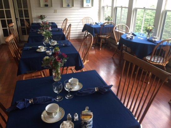 Blue Harbor House Inn Photo