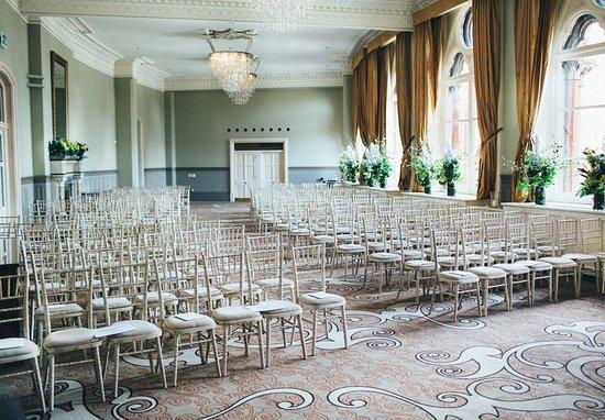 St. Pancras Renaissance Hotel London: Gallery Meeting Room – Wedding Ceremony