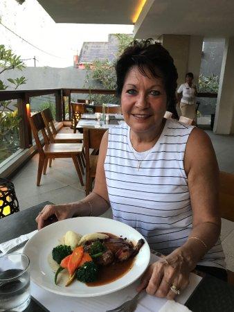 Mozzarella at The Magani Hotel: Celebrating our birthdays with dinner at Mozzerellas