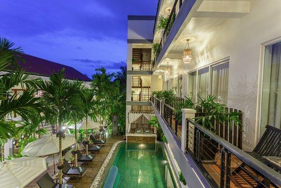 Diamond D'Angkor Boutique: Outdoor Pool