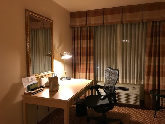 Convenient Location To El Camino Real And Hwy 85 101 Picture Of Hilton Garden Inn Mountain