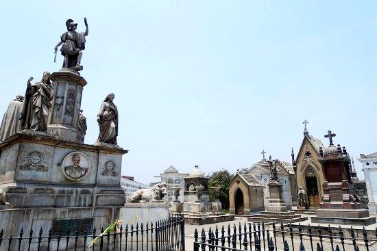 Cementerio Presbítero Matías Maestro