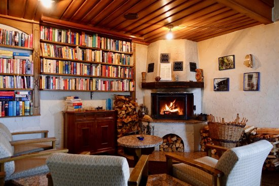 Bettmeralp, Switzerland: Hotel Waldhaus: Reading Lounge