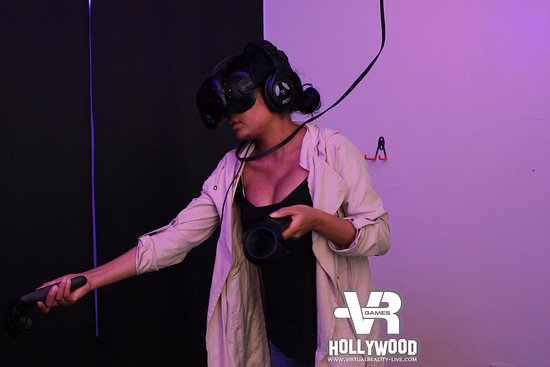 Virtual Reality Games Hollywood: fun thing to do for kids and adults on  Halloween horror