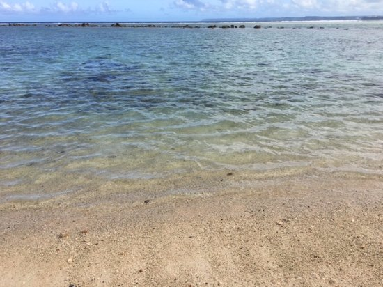 Asan, หมู่เกาะมาเรียนา: 石、岩、珊瑚がありますが綺麗です