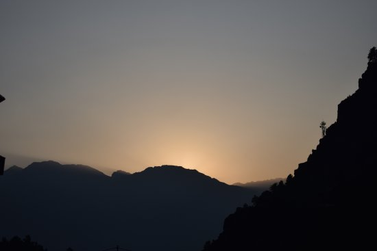 Betab Valley: view of sunset