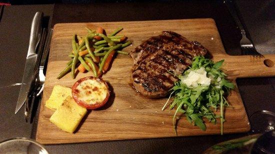 Thuin, Belgique : Angus maturée. Une viande de très bon gout!