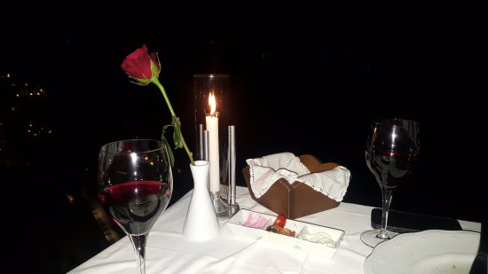 Ambrosia Restaurant: Nuestra mesa