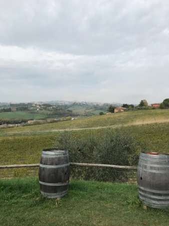 Agriturismo Castel di Pugna: photo1.jpg