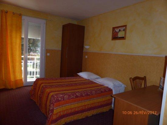 L'Hostellerie des Pins : Grande chambre Classic
