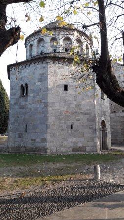 Arsago Seprio, Italia: Battistero di San Giovanni Battista