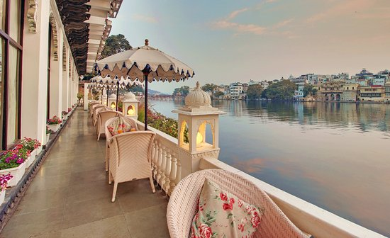 Beautiful Pichola Lake in Udaipur