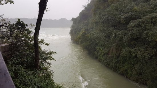 Dujiangyan, Cina: The Gorge