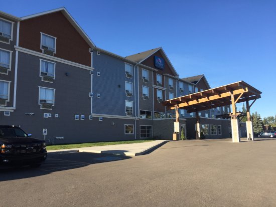 Olds, Canada: Pomeroy Inn & Suites Old