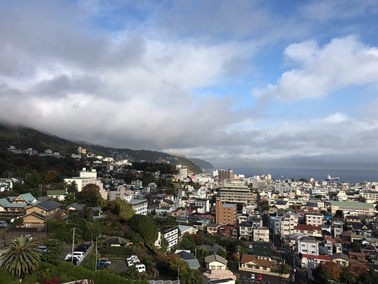 Ito Hotel Juraku: 雨上がりで薄っすらと虹が見えました」!