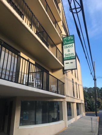 The Breakers Hotel & Suites: photo0.jpg