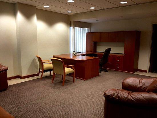 The Breakers Hotel & Suites: photo4.jpg