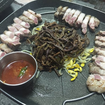 Seongeup Chilsip Ri Tavern照片