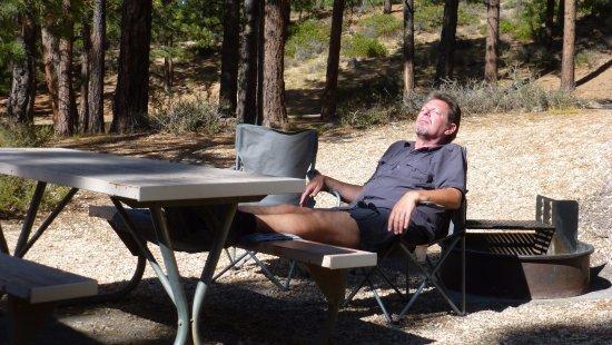 North Campground: Der Tisch und der Grill.
