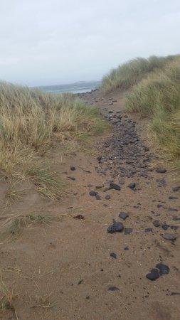 Grange, Ιρλανδία: path on beach