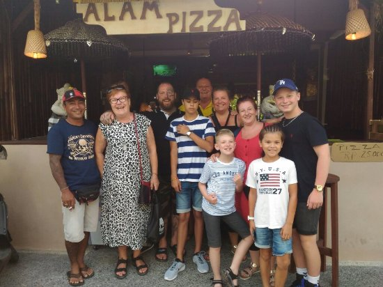 ALAM PIZZA THE BEST FOOD IN UBUD