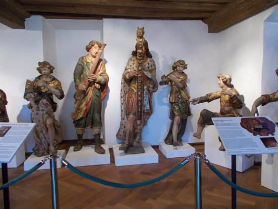 Imperial City Museum (Reichsstadtmuseum): Musicians