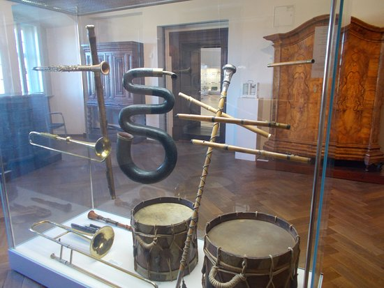 Imperial City Museum (Reichsstadtmuseum) : Old instruments