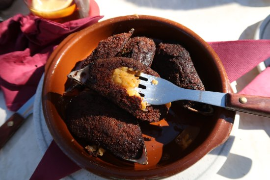 Estellencs, إسبانيا: les moules surgelées - beurk!