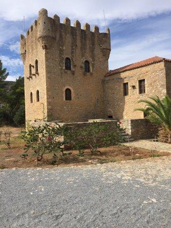 Tower of Tzanetakis: photo2.jpg