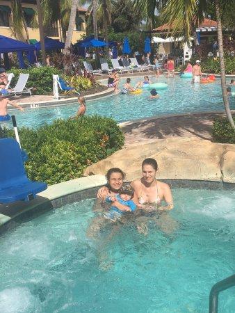 The Cottages at Naples Bay Resort : bello lugar, apertura y cierre desde la salida del sol hasta la caída del mismo
