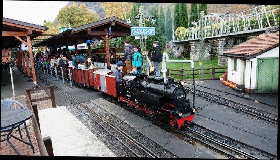 Le Bouveret, Schweiz: _20171028_170812_large.jpg