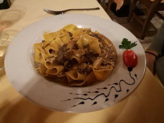 Valdisotto, Italia: Pappardelle al ragù di cervo