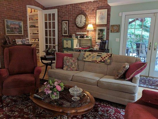 Haverstraw, NY: The Garden Room