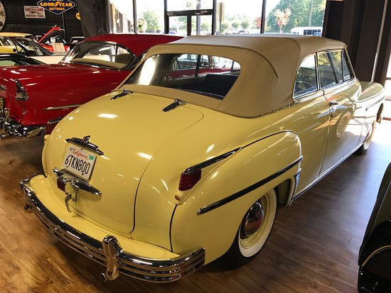 Memory Lane Classic Cars: photo2.jpg