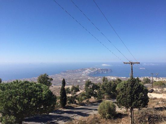 Monastery of Profitis Ilias: Blick auf den südlichen Inselausläufer