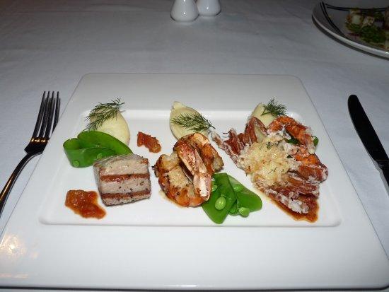 Navo at InterContinental Fiji Golf Resort and Spa : Seafood trio