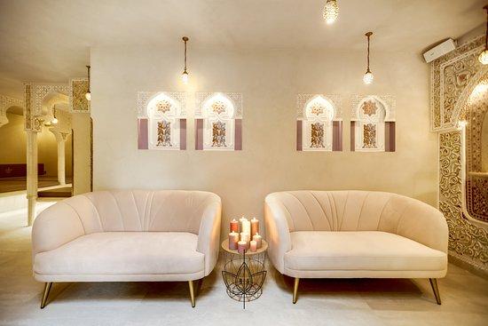 salon de d tente or les bains d 39 alia bagneux resmi. Black Bedroom Furniture Sets. Home Design Ideas