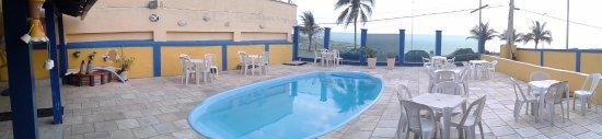 Pousada Canto Da Vila: Área de entrada da pousada e tb piscina