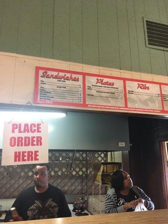 Payne S Bar B Que Memphis Menu Prices Amp Restaurant