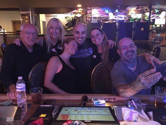 Mardi Gras Hotel & Casino: Great Friends from the U.K.
