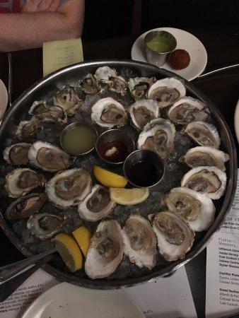River Oyster Bar: photo3.jpg