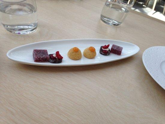Le Patio: Mignardises: raspberry jelly, chocolate nougat, apricot shortbread