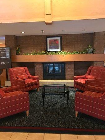 Holiday Inn Express Toronto East: photo3.jpg