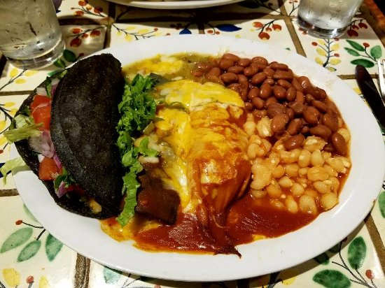 El Prado, NM: Love their combination plates!