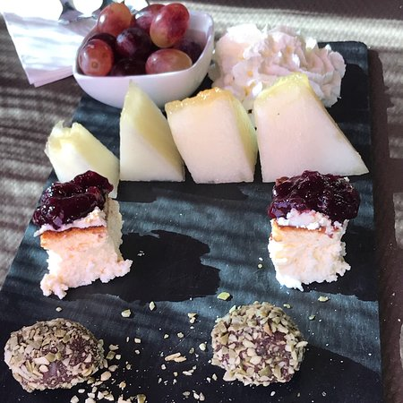Tramacastilla, إسبانيا: Excelente menú degustación y excelente Elsa y el Chef Pedro, pedimos de segundo el arroz con cig
