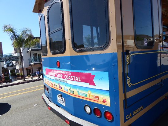 Laguna Beach Trolley: Colorful bus is easy to spot