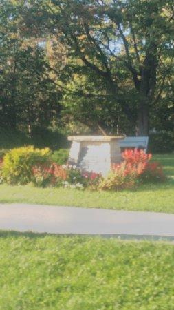 Durham, Canadá: Veterans Memorial Park