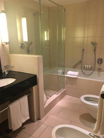 Hotel Vier Jahreszeiten Kempinski Munchen: photo0.jpg